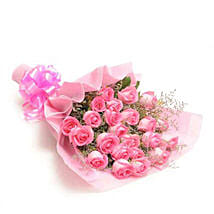 Sweet Pink: Send Mothers Day Gifts to Vapi