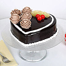 The Hearty Affair: Designer Cakes to Lucknow