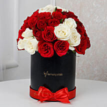 White N Red Floral Beauty: Cake Delivery in Chandel