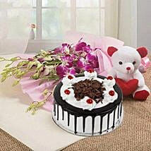 You are Always Special: Send Flowers & Teddy Bears for Friendship Day