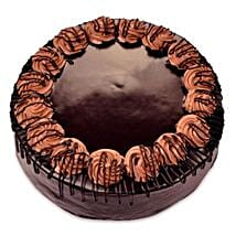 Yummy Special Chocolate Rambo Cake: Romantic Chocolate Cakes