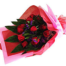 Amazing Bouquet of Roses: Romantic Gifts in Malaysia