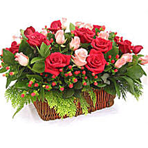Berry Roses: Send Anniversary Gifts to Malaysia