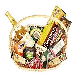 Celebratory Gourmet: Gift Baskets to Mauritius