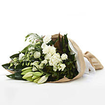 Classic White Flowers: Funeral Flowers to New Zealand