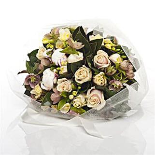 Dreamy Rose Posy: Roses to New Zealand