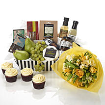 Family Treat Hamper: Romantic Gifts to New Zealand