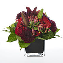 Floral Romantic Cube: Send Valentines Day Flowers to New Zealand