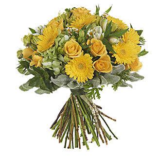 Garden Lemon Posy: Roses to New Zealand