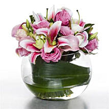Serene Pink Posy: Order Anniversary Flowers in New Zealand
