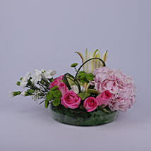 Colorful Greetings Of Flowers: Mothers Day Gifts Oman