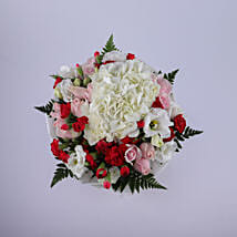 Expression Of Pure Love: Send Flower Bouquets to Oman
