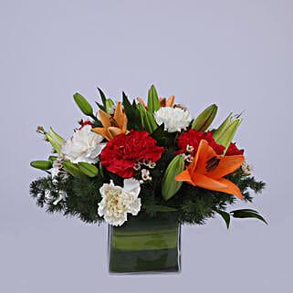 Floral Grandeur: Send Flower Bouquet to Oman