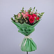Gracious Flower Bouquet: Flower Delivery in Muscat