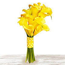 Brilliant Yellow: Send Anniversary Flowers to Qatar