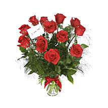 Scarlet Elegance: Valentines Day Rose Delivery in Qatar