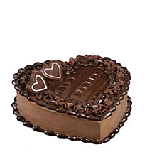 Tempting Heart Shaped Chocolate Cake: Anniversary Cake Delivery in Qatar