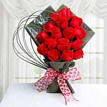 15 Red Roses: Valentines Day Flowers to Saudi Arabia