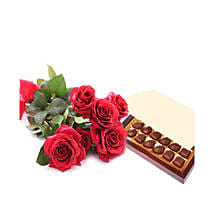 Simply Roses and Chocolates: New Year Gifts Delivery In Saudi Arabia