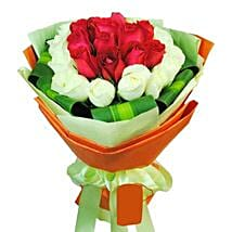 12 White and Red Rose Bouquet: Anniversary Flowers to Singapore