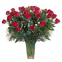 15 Red Roses in Glass Vase SA: Send Flowers to South Africa