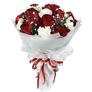 Be Mine Flower Bunch: Send Valentines Day Gifts to Thailand