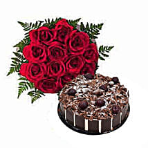 1 Dozen Roses with Cake: Friendship Day Flowers UAE