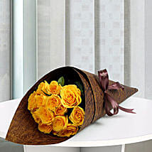 15 Yellow Love Roses Bunch: Send Flower Bouquets to UAE