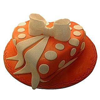 2.5 Kg Heartshape Cake: Valentine's Day Cakes to UAE