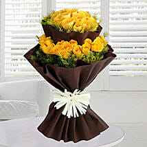40 Yellow Roses Bunch: Valentine's Day Flower Bouquets UAE