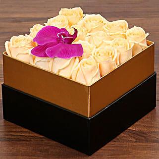Beautiful Peach Rose Box: Send Flowers to UAE