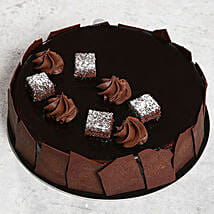 Chocolate Sponge Cake: Send Birthday Gifts to Sharjah