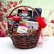Christmas Gift Basket: Eid Gift Hampers to UAE
