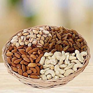Crunchy Munching: Gifts to Abu Dhabi