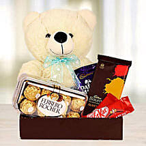 Cutie Pie Love: Valentine's Day Gifts for Her to UAE