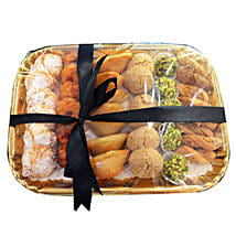 Deluxe Sweet N Savory Tray: Eid Sweet Delivery in UAE