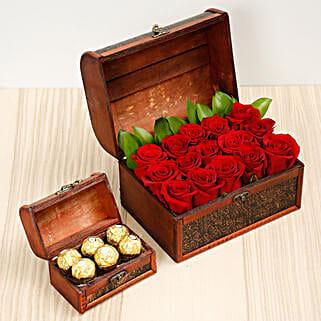 Elegant Box Of 15 Red Roses and Chocolates: Send Roses to UAE