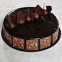 Fudge Cake: Send Birthday Cakes to Abu Dhabi