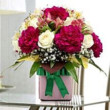Gift Pack of Flowers: Same Day Flower Delivery in Sharjah