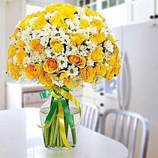 Glowing Beauty: Send Flowers for Boyfriend to UAE