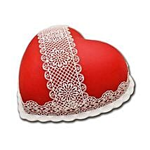 Heart Shaped Full Cake: Valentine's Day Gifts to Sharjah