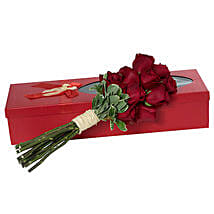 Passionate Red Roses Bouquet: Birthday Bouquets for UAE