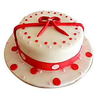 Polki: Valentine's Day Cake Delivery in Dubai