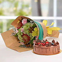 Royal Flower Bouquet With Chocolate Fudge Cake: Anniversary Flowers and Cakes to UAE