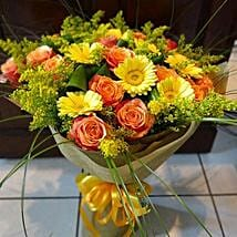Style of Expression: Same Day Flower Bouquet in Sharjah