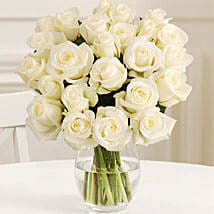 24 Fairtrade White Roses: Send Gifts to Derby