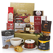 Bearing Gifts Christmas Hamper: Gift Delivery in London