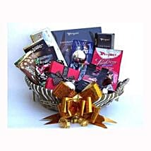 Holiday coffee and Sweets Gift Basket: Christmas Gift Hampers to UK