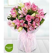Lavish Rose and Lily: Send Womens Day Gifts to UK