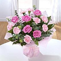 Rose and Carnation Delight: Women's Day Gift Delivery in UK